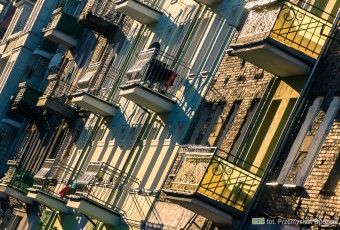 ~KOCHANY SZCZECIN (cz.1): standard à la kasa chorych vel ratujmy zabytkowe balkony