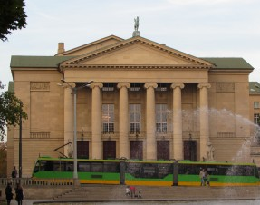 """Operowa inauguracja """"po Poznańsku"""""""