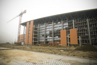 Hala Widowiskowo Sportowa – zawieszenie wiechy