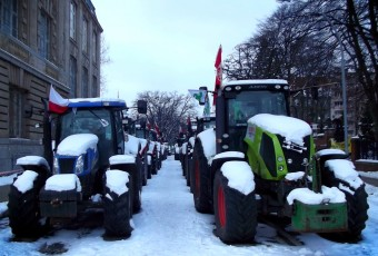 Uśpione traktory na ulicach Szczecina